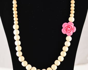 Rose and Beech Wood Mommy Necklace | Chewable Necklace for Mom | Untreated Beech Wood and Food Grade Silicone Necklace