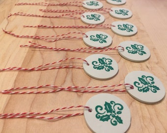 Set of 10 holly holiday gift tags