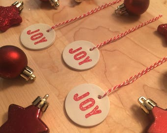 "Set of 10 ""Joy"" holiday gift tags"