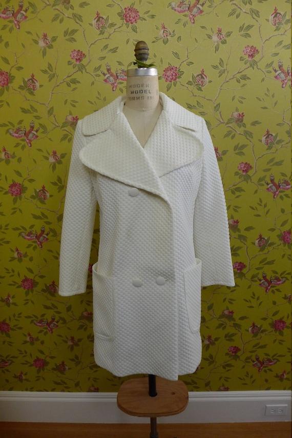 White 1970's Vintage Trench Coat