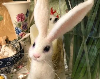 Hare /White Rabbit/White Hare Sculpture/Mothers Day Gift/Felted animal/Needle Felted Hare/Hare Sculpture/Hare doll/Country Decor