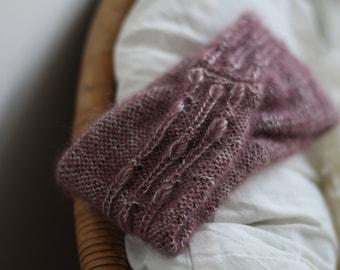 Knitting pattern - Twisted Headband with rain drops pattern