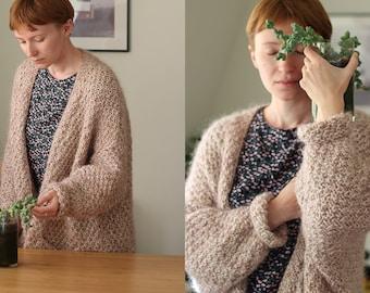Knitting pattern - Mam's Cardigan, oversized V-neck cardigan with pockets