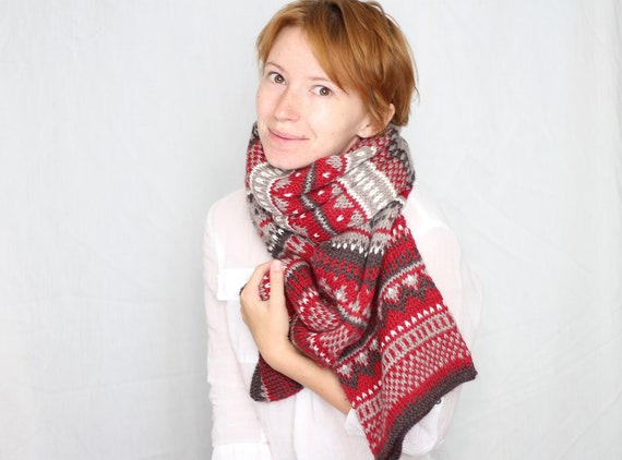 gift for him,gift for her,soft and casual. Knitted wool infinity scarf with fair isle pattern,Nordic scarf,gray and orange,Christmas gift