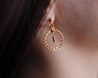 LAYALI hoop earrings