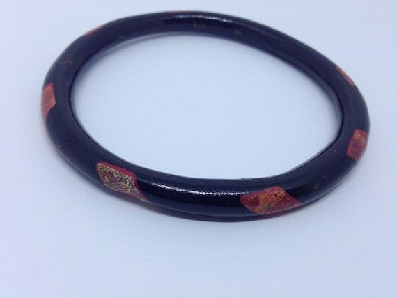 Black coral inlaid vintage bangle