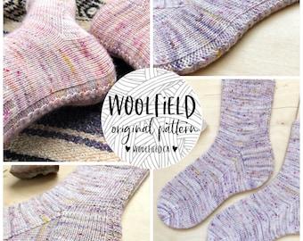 KNITTING PATTERN: Vanilla Spice Socks - Vanilla Sock Pattern, Beginner Sock Pattern, Cabled Sock, Hand Knit Socks, Easy Sock Pattern, Unisex