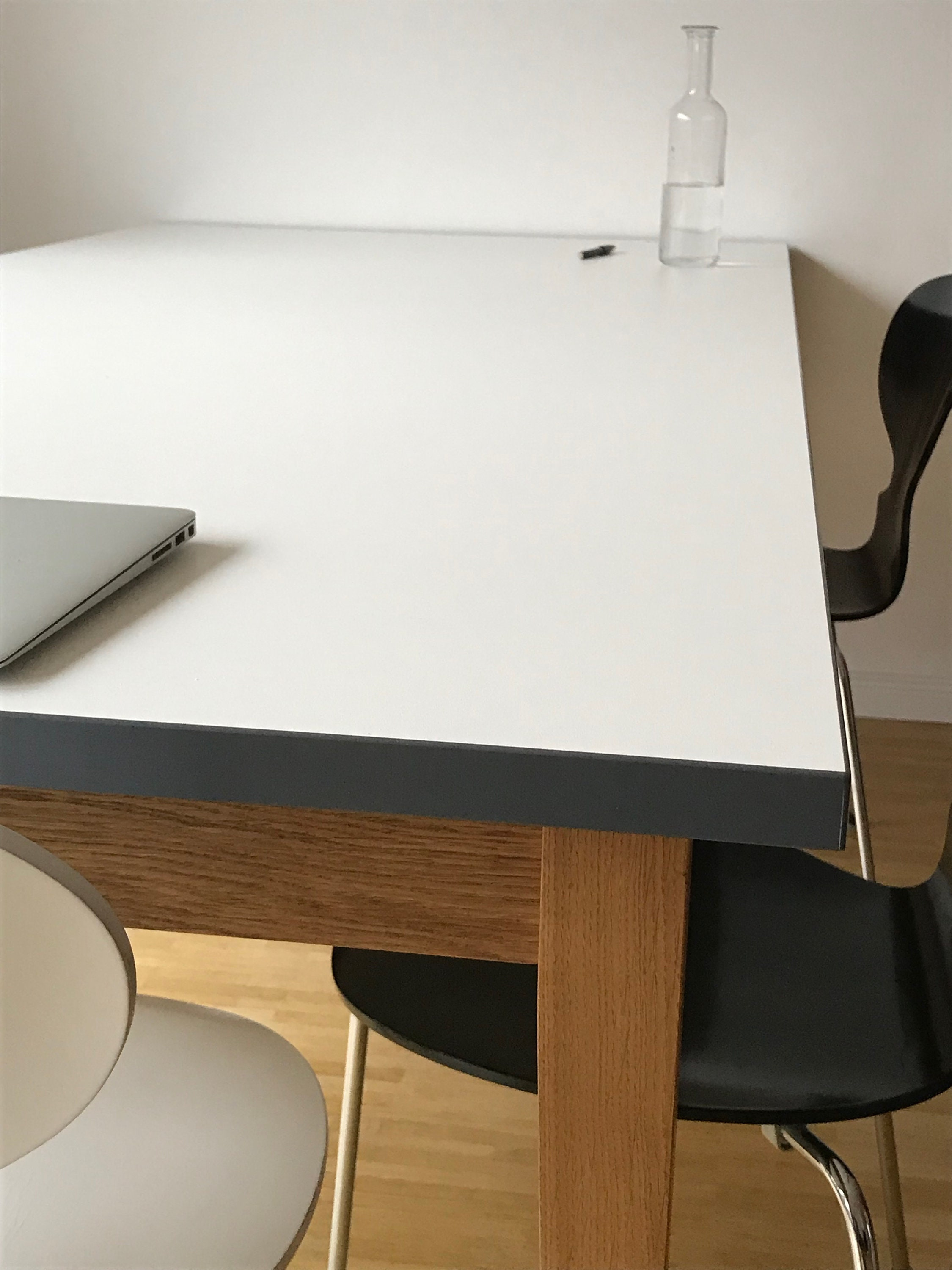 REKORD dining table 86 dining table white classic dining ...