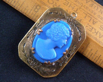 Stone Beautiful Raised Transparent Teal or Aqua Blue Image Glass Portrait Cameo Cabochon 30mm x 24mm