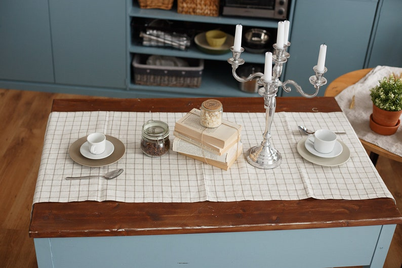 Linen table runner table decor. Table linens