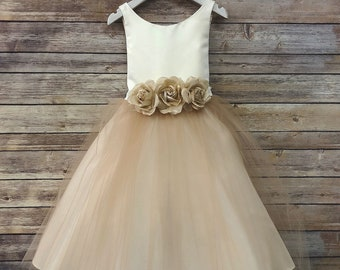 14405e12081 Tulle overlay Flower Girl Dress with Pin on Silk Flowers