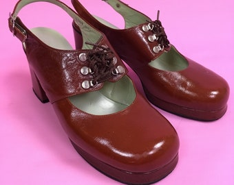 1970s Vintage Leather Chunky Mary Jane Heels by Fancy Shoes