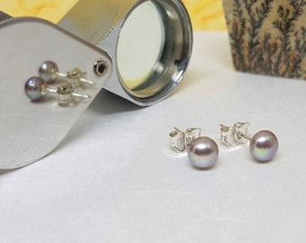 "Small 5.2 mm - 0.20 ""Freshwater Pearls Silver Earrings Stud Pinkish/Purple Color Round Button-silver Rose-violet reflection beautiful fresh water pearls"