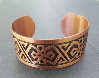 Pure copper southwestern style Chevron Motif vintage 1950s unisex cuff bracelet free shipping within the United States