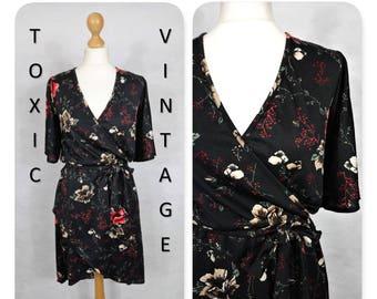VINTAGE 1970's 1980's Black Floral WRAP Dipped Hem DRESS, Uk 12, Boho, Retro, Chic, Elegant, Indie, Pretty