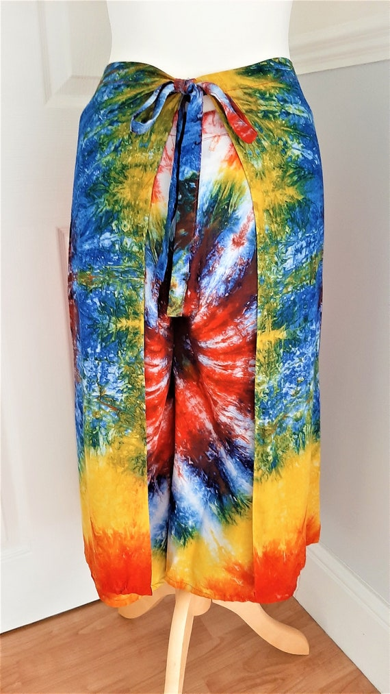 Hippie Quirky Unique Boho Retro One Size Ninties Holiday Funky 1990/'s Bright Multicoloured Tie Dye Wrap Sarong Style Culottes Beach