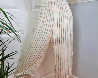 Chic 1990's Cream Rainbow Stripe Relaxed Wide Leg Cropped Trousers. UK Plus Size 16-18. Comfy, Cozy, Funky, Fun, Quirky, Retro