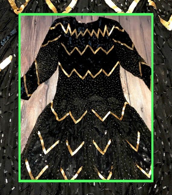 vtg chevron dress//black & gold