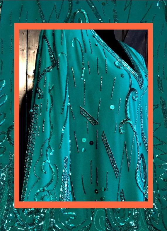 green vtg dress//unique trim