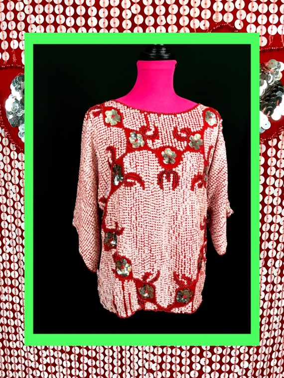 vtg red top//fully sequined