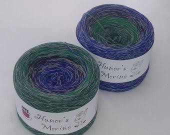 READY TO SHIP, Dark sea, 100% Merino wool superwash yarn cake, gradient colored yarn 3ply