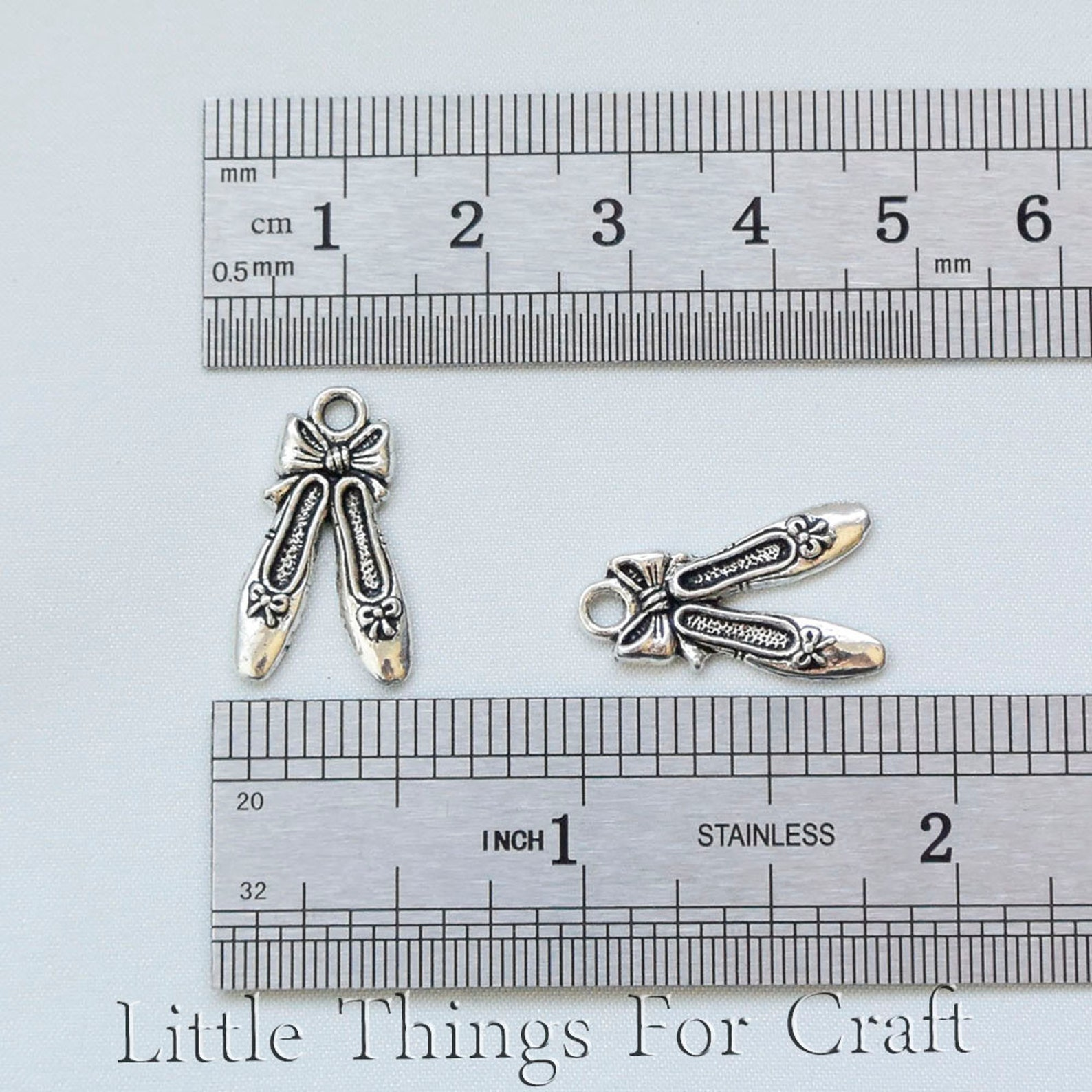 silver tone ballet shoes charms for teens bracelet in bulk ballerina slippers shoes pendant necklace for kids ballet slippers ch