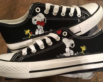 dd8acd0b1737f9 Converse All Star Snoopy sneakers