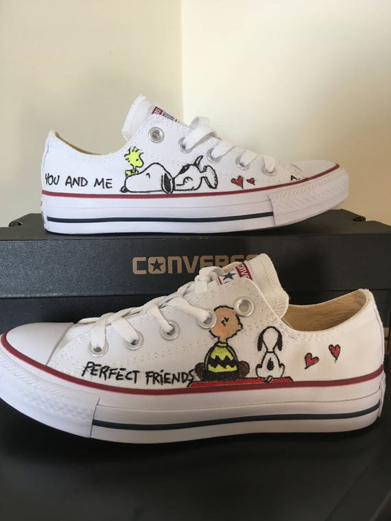 bicapa Cuota de admisión estera  snoopy converse Online Shopping for Women, Men, Kids Fashion &  Lifestyle|Free Delivery & Returns! -