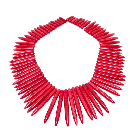 """19/"""" Strand RED Howlite Graduated Stick Needle Spike Beads 29-50mm Old Stock"""
