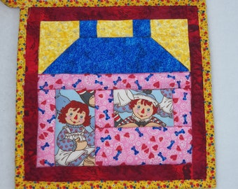 """Single Patchwork House Potholder, 10"""" Square, Quilted Potholder, Raggedy Ann Potholder, Raggedy Andy Potholder, Reversible, Wash and Dry"""