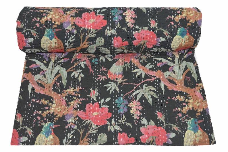 Indian handmade Kantha quilt  bedspread bedsheet bedcover quilt Kantha Throw coverlet vintage handmade  Queen king size Crown Print quilt