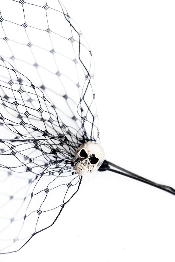 Day of the Dead veil Black birdcage veil Halloween costume hair accessory Veil with skulls Bandeau veil Birdcage veil