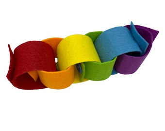 Rainbow Felt Button Chain, Montessori Preschool Material, Fine Motor Activity, Educational Toy 3 years old, Occupational Therapy Busy Bag