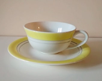 Vintage yellow tea cup and saucer set, Gien - 1960's