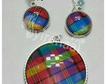Set multicolored madras pendant, dangle earrings