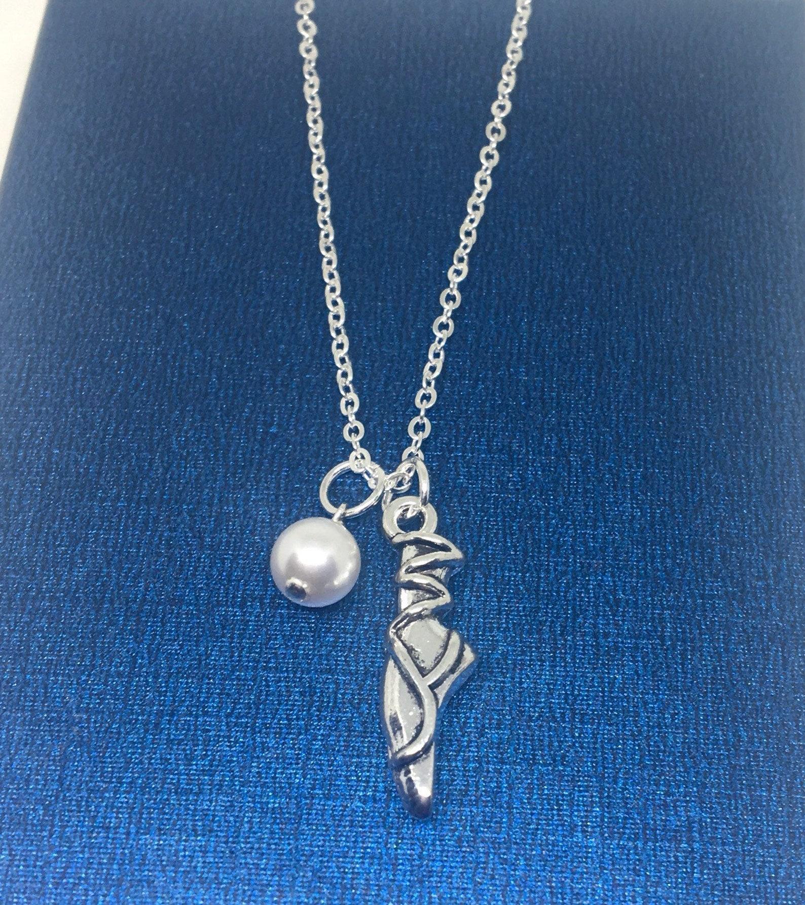 ballet necklace, ballerina ballet shoe, ballet slipper, dance ballet lovers, swarovski pearl, birthday jewellery, gift for her,