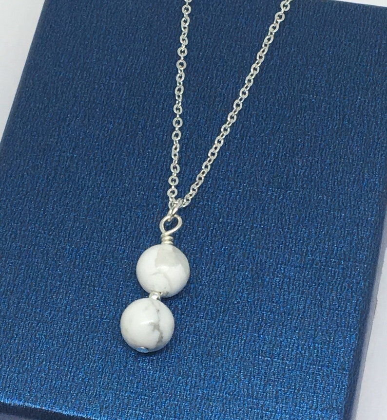 UK shop Marble Necklace Gift For Her Beaded Gemstone Necklace Modern Gemstone Necklace White Howlite Necklace in Silver Plated