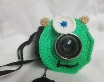 Monsters Inc.inspired camera buddy- mike wazowski-crochet-photography-kids/children's photography-photo prop-camera lens cover-lens buddy