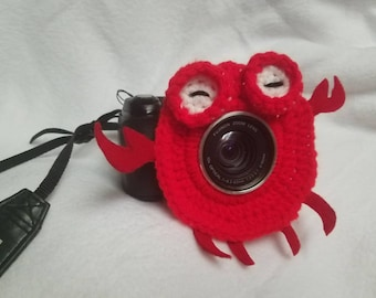 Crab camera buddy- sea creature-crochet-photography-kids/children's photography-photo prop-camera lens cover-lens buddy
