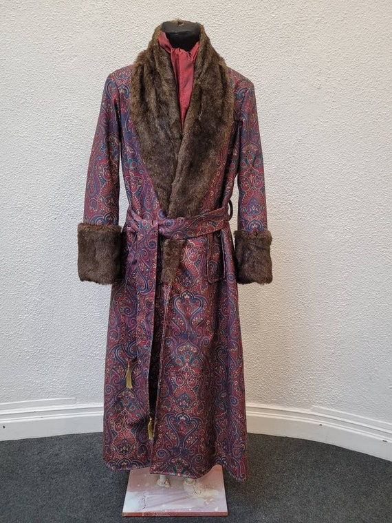 victorian Sherlock Holmes style paisley fur dressing gown, house coat. Steampunk