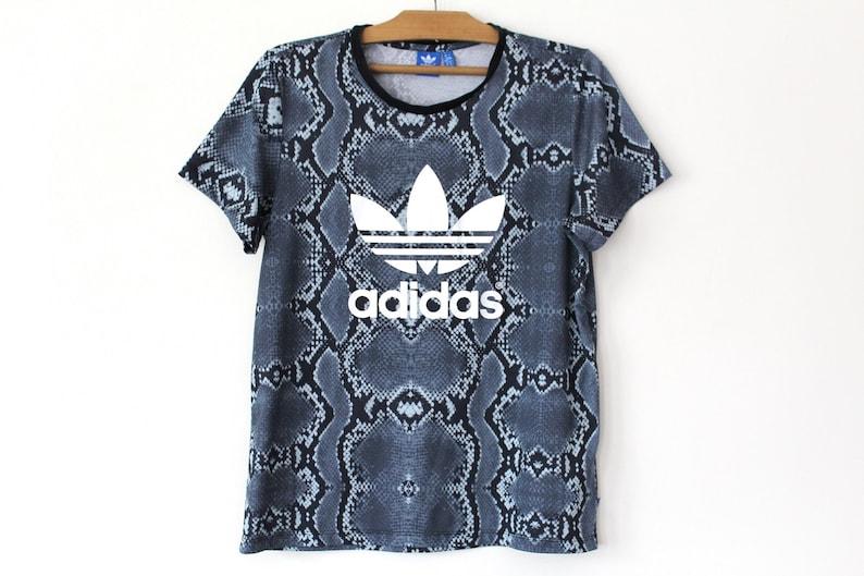 90's Adidas T shirt, Vintage Adidas Trefoil Shirt, Hip Hop Adidas Tshirt, Adidas Big Logo, Gray White Adidas Sweatshirt, Adidas Tee