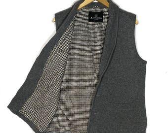 Rare!! vintage 90s Aquascutum Vest Size Medium Very Good Condition Activewear Streetswear Celebrity Fashion