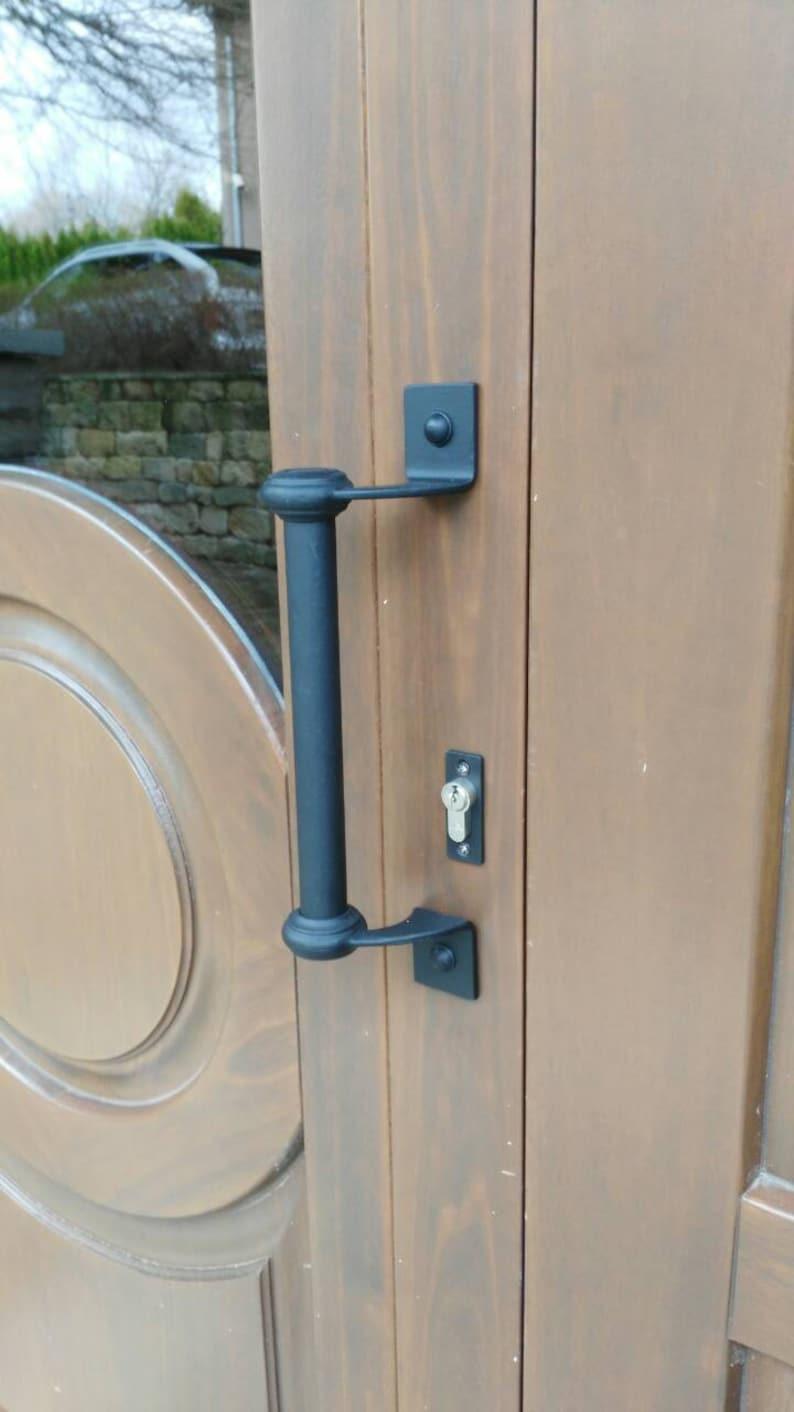 How Do Door Handles Work