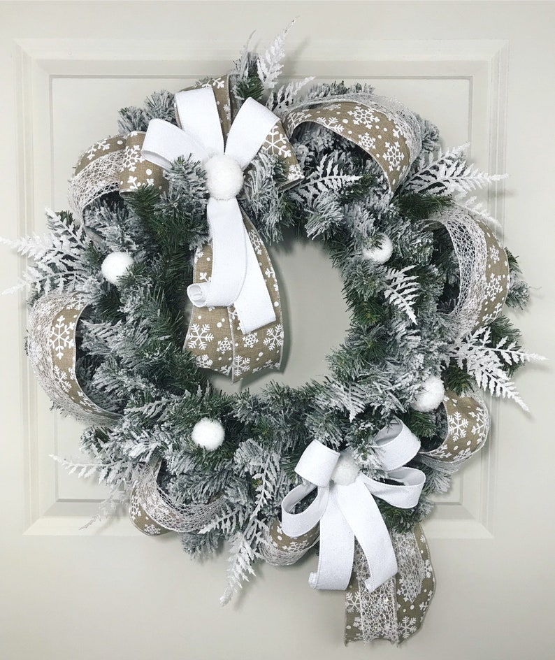 huge discount cbdda 9ad42 White christmas wreath. Flocked wreath. Flocked christmas wreath. Frosted  wreath. Holiday wreath. Winter wreath. Snowflake wreath.