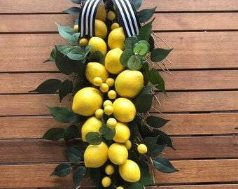 Lemon wreath, eucalyptus wreath, summer wreath, front door wreath, front porch wreath, boxwood and lemons, natural wreath, greenery wreath