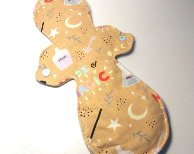 Featured listing image: Reusable cloth pads, 12.5inch, heavy, night pads/postpartum pads, handmade in the uk, CSP, RUMPS