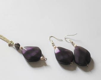 Matching set - purple and white earrings and necklace