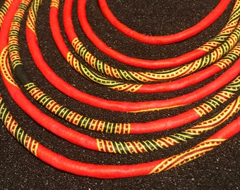 Necklace made of wax for women to wear crew neck. Bib effect.