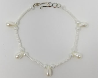 Pearl Teardrop Beaded Bracelet