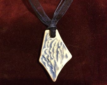 Vintage River Thames foreshore blue and white pottery shard choker/pendant